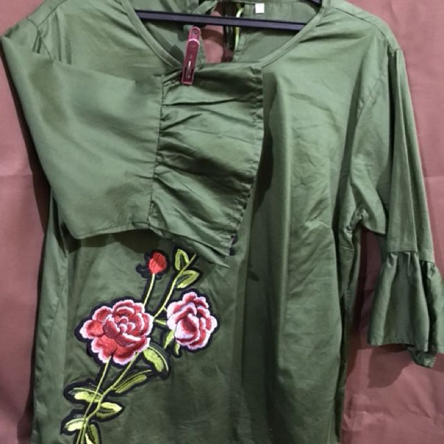 Pre loved green blouse (used once)
