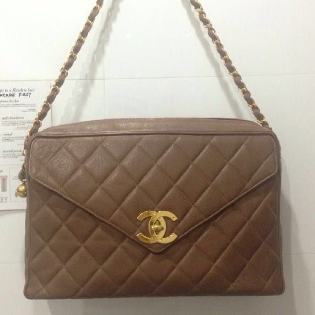 0cfab7b252d19e Reduced! Chanel Giant Taupe Brown Caviar Jumbo Classic Camera Bag ...
