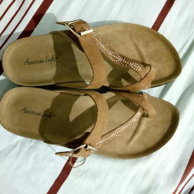 Sandal coklat