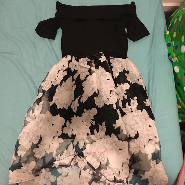 Shoulder-off floral dress