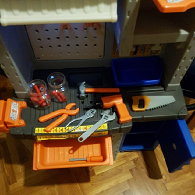 081878c25 Step 2 Deluxe workshop, Kid Pretend Play Toy Workbench, Babies & Kids, Toys  & Walkers on Carousell