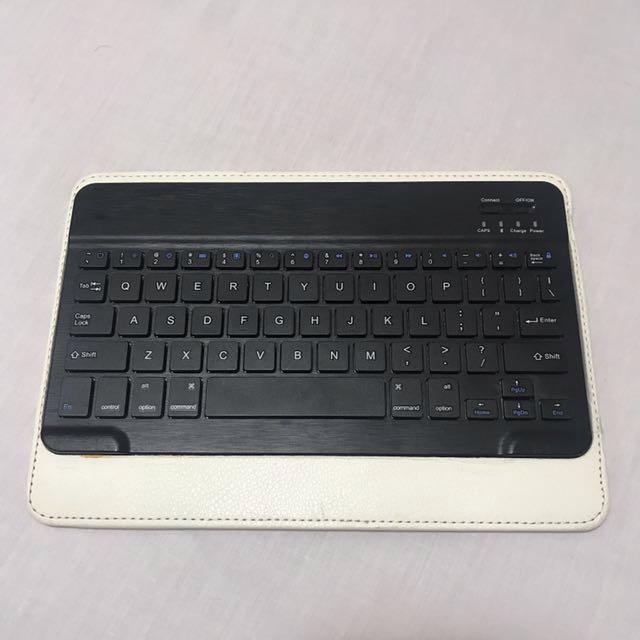 Tablet Bluetooth Keyboard