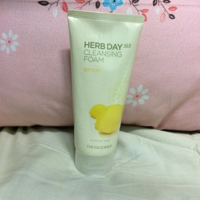 The Face Shop Foam Cleanser
