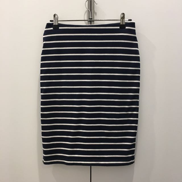 UNIQLO Bandage Stripe Skirt Size XS