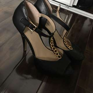 Call it Spring! High Heels Size 9