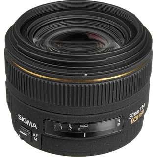Sigma AF 30mm f/1.4 EX DC HSM (canon mount)