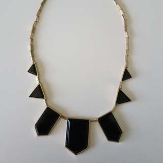 House of Harlow 1960 5 Station Necklace Black Resin