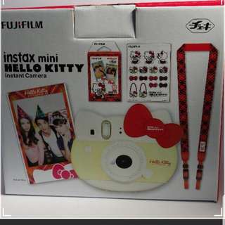 Fujifilm Instax Camera (Hello Kitty)