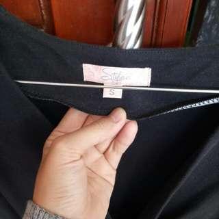 jumpsuit size m warna hitam