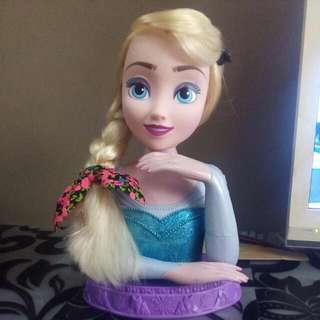 Frozen Elsa Grooming Head Display
