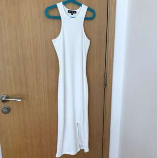 MDS White stretchable dress