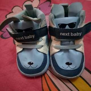 sepatu baby ukuran 0-6 bulan