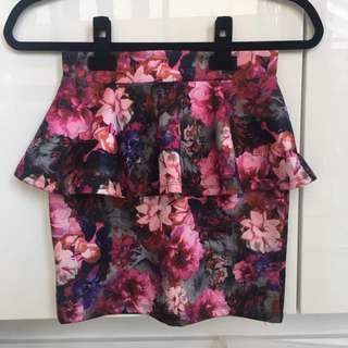Topshop Peplum Floral Skirt. Size 6