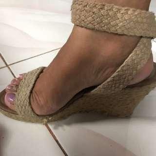 Aldo wage shoes