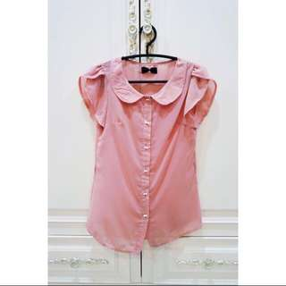甜美粉色圓領蝴蝶結雪紡襯衫