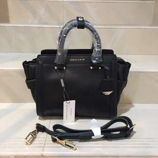 CHARLES AND KEITH BLACK BOXY TRAPEZE HAND BAG ORIGINAL