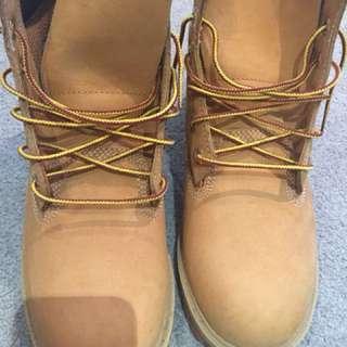 Timbaland Womens Boots