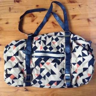 Casual, shoulder/ sling bag