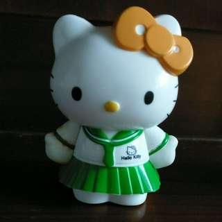 🚚 Hello Kitty 公仔