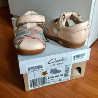 Clarks First Shoes (Rose Gold) UK5