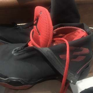 Air jordan XX8 black-red