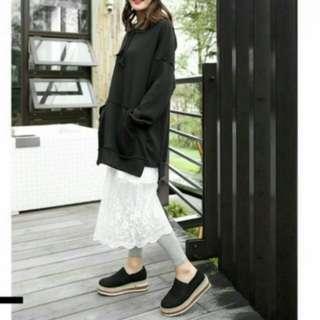 韓國背心拼接蕾絲下擺洋裝 浪漫的蕾絲下擺  很適合四季穿搭喔!
