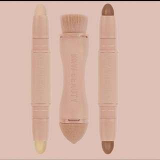 KKW Kim Kardashian West contour highlighter kit