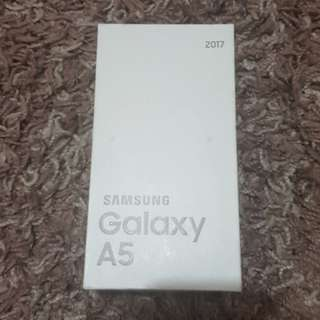 BRANDNEW SAMSUNG GALAXY A5 32GB