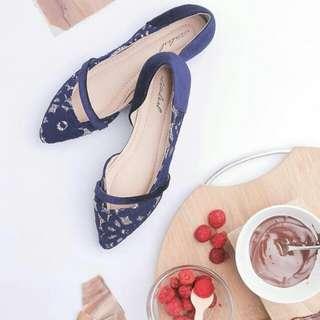 Ittaherl Bretta Pointy Flatshoes