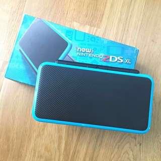 New Nintendo 2DS XL (Blue & Black)