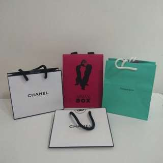 名牌紙袋 paper bag armani box tiffany & co. $5each 禮物袋