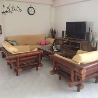 Ugt to clear - Sofa And Coffee Table bamboo by Wednesday