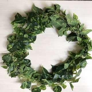 💐YourStalkMarket - Premium Artificial Leave Vine Wreath
