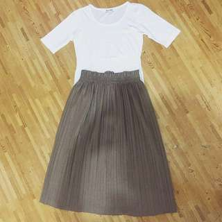 (1 set) Colorbox Top X Rempel Skirt