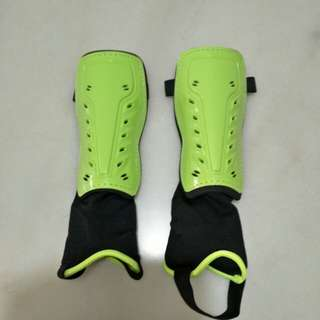 High Quality Shin and Integrated Ankle Guard