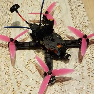 Drone (Katak kickflip 210)