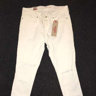 Levi's 711 Skinny Fit White Jeans