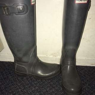 Grey hunter rain boots