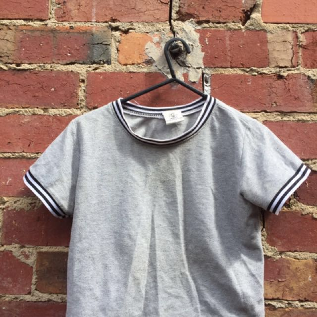 90's STYLE CROP TOP