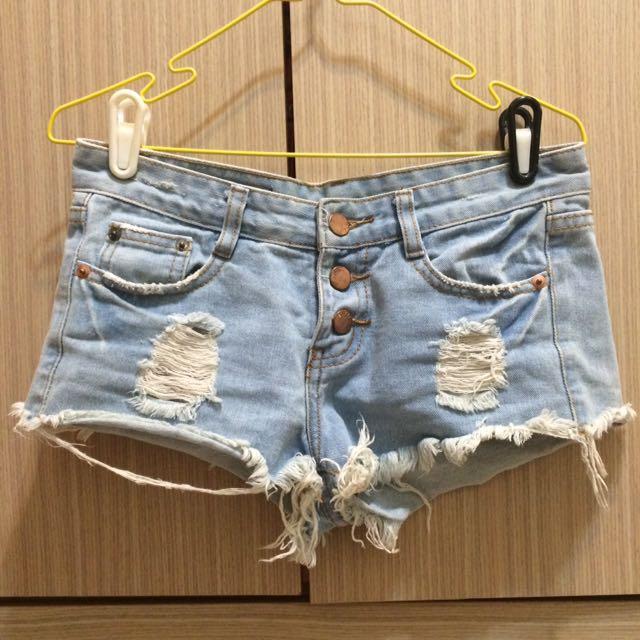 個性破褲、短褲、單寧短褲