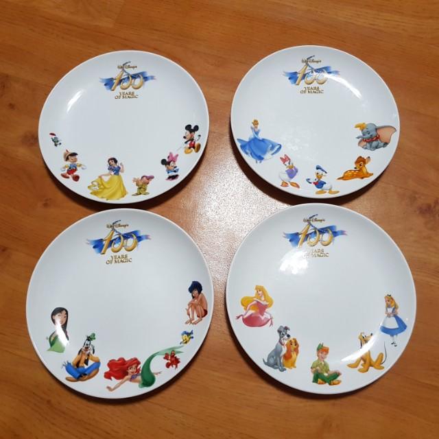 中國信託 迪士尼百年紀念餐盤【 一盒 / 四個 】