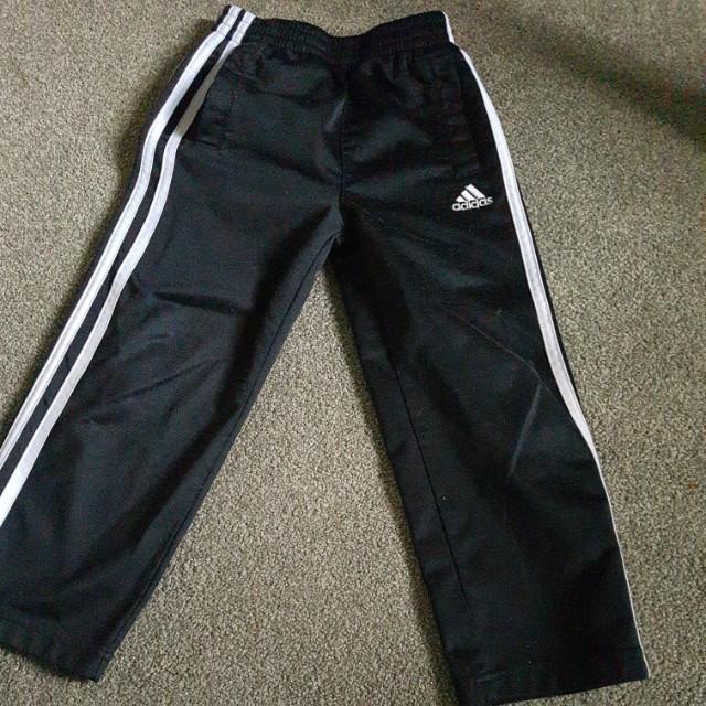 Kids adidas jogging pants size 4