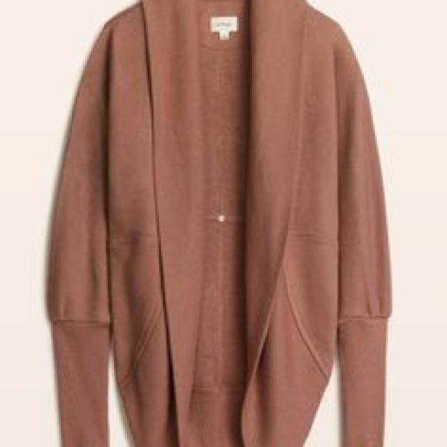 Aritzia Diderot sweater size small