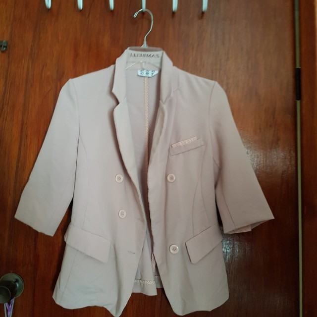 Baby pink 3/4 sleeve blazer size 6-8