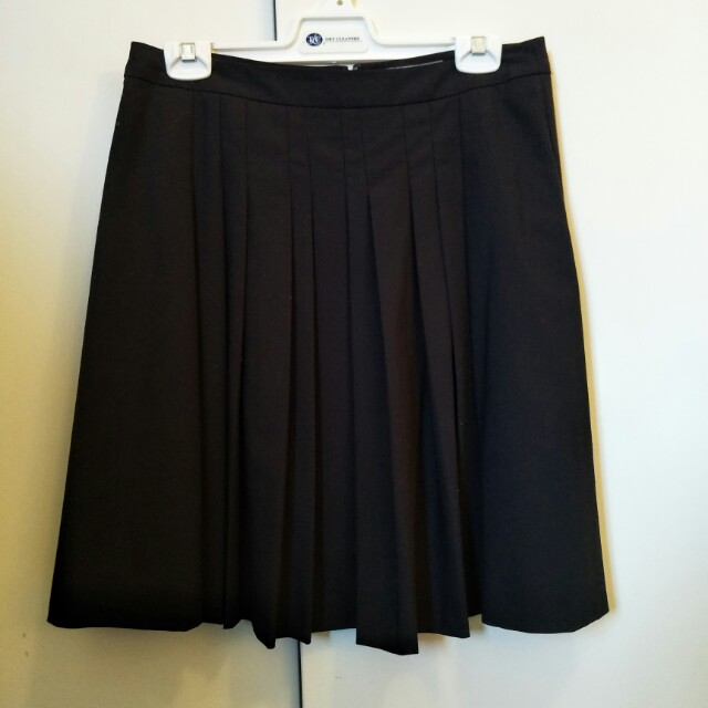 Basque pleated black work skirt