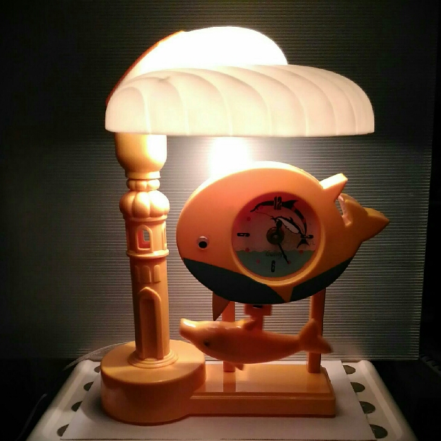 BN Rocking Yellow Dolphin Table Lamp + Clock (Happy😀Yellow)
