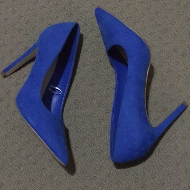 Brand New Forever 21 Blue Heels Size 7