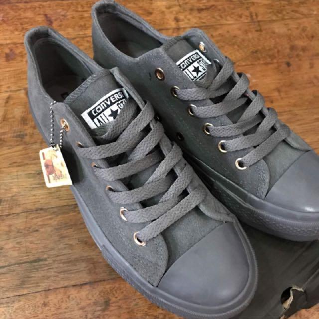 Converse Gamuza Dark Grey