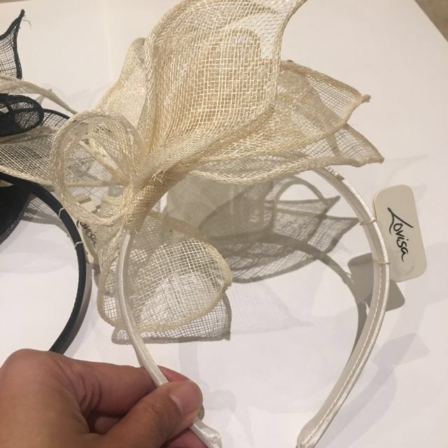 Fascinators perfect for Melbourne cup 10% OFF*