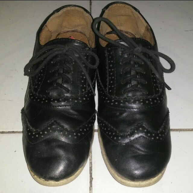 FLD OXFORD SHOELACE